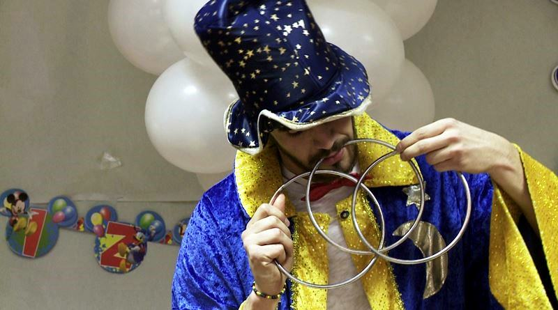 Animadores magos payasos para comuniones en Madrid domicilio
