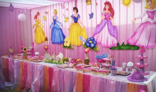C mo hacer una fiesta de princesas disney en madrid Ornamentacion con globos