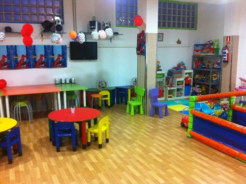 mejores parques bolas celebrar fiesta infantil madrid
