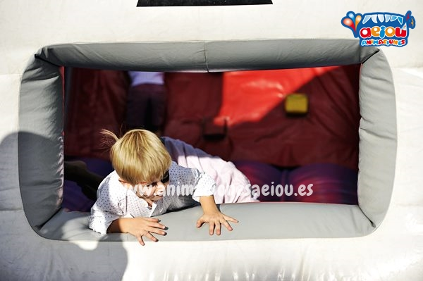 Cómo entretener a los niños en un bautizo en Madrid