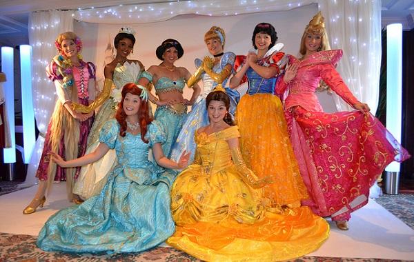 Cómo decorar una fiesta infantil de princesas perfecta