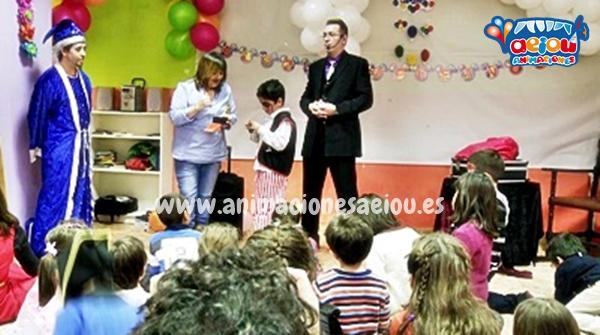Contratar un mago o un payaso para cumpleaños infantil