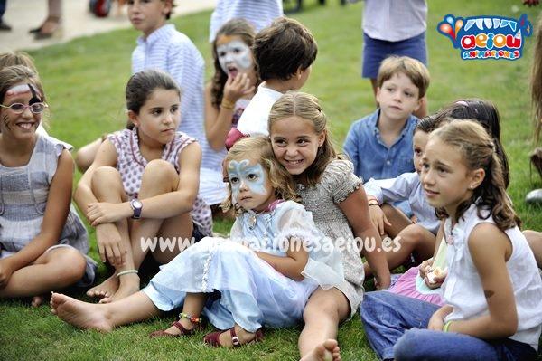 Contratar empresas de animaciones infantiles para bautizos en Madrid