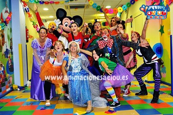 Animadores, magos y payasos infantiles en Las Navas del Marqués